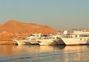 fishing صيد السمك فى النيل والبحر الاحمر والمتوسط بمصر Egypt_marina_001